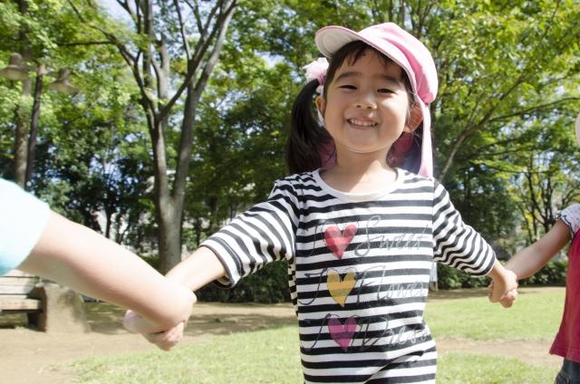 保育園見学では「園児が挨拶してくれるか」をチェックすれば、重大な事故が起こりやすいか分かる!