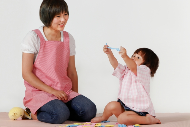 「幼稚園教諭から、保育士資格取得特例で保育士に」保育士の転職体験