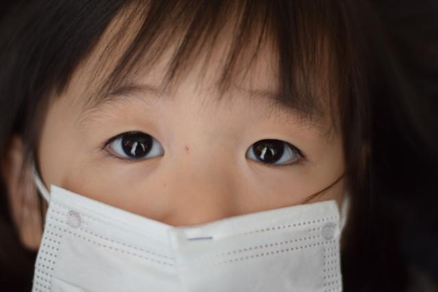 赤ちゃんにマスクは窒息のリスク! 知っておくべき赤ちゃんへのコロナ対策【小阪有花さん連載⑧】