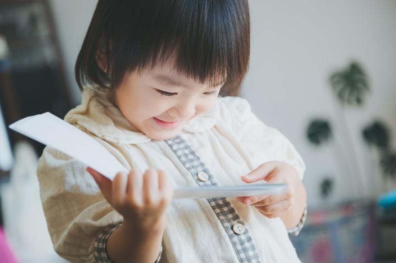 子どもに本を読ませるのに「いい行動」「ダメな行動」を教えます【小阪有花さん連載21】